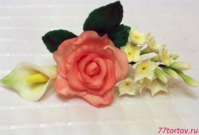 Букет из мастики — розы каллы и