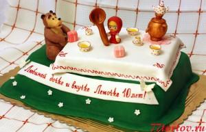 Торт Маша и медведь за столом