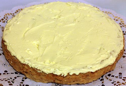 Крем Шарлотт на корже для торта