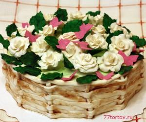 Киевский торт с белыми розами