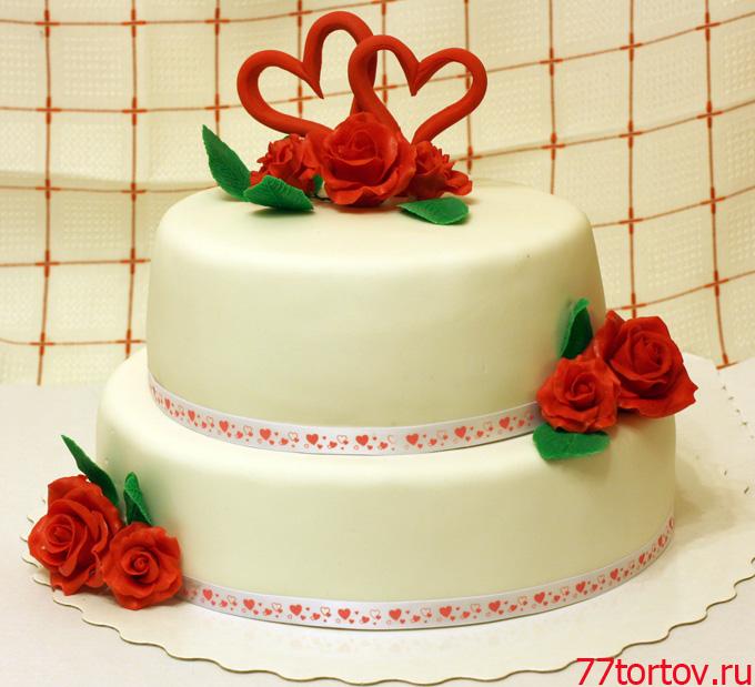 Свадебный торт в красно-белой гамме