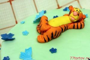 Фигурка тигрёнка из мастики