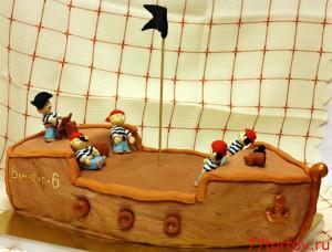 Корабль с пиратами
