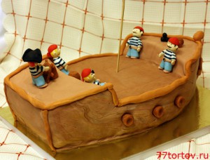 Торт с пиратами на корабле