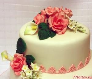 Цветы из мастики на торте