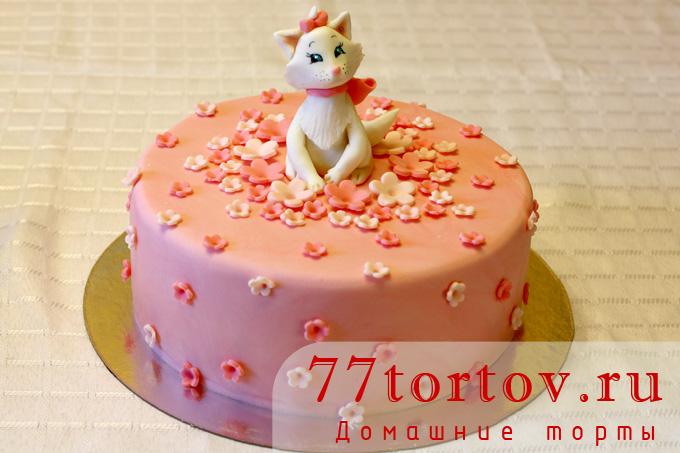 Торт с кошечкой из мастики
