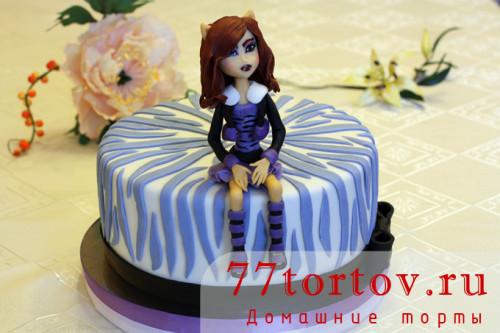Торт с фигуркой Клодин Вульф