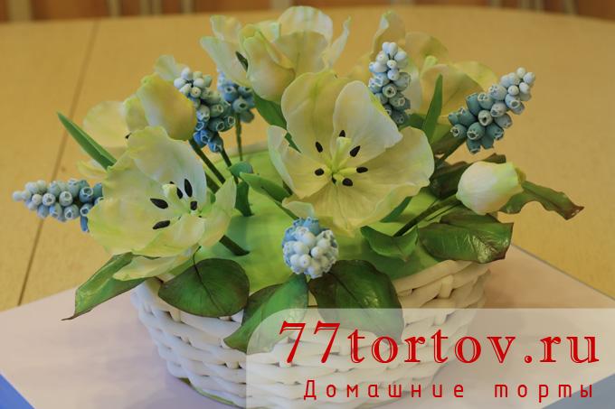 Торт корзинка с тюльпанами